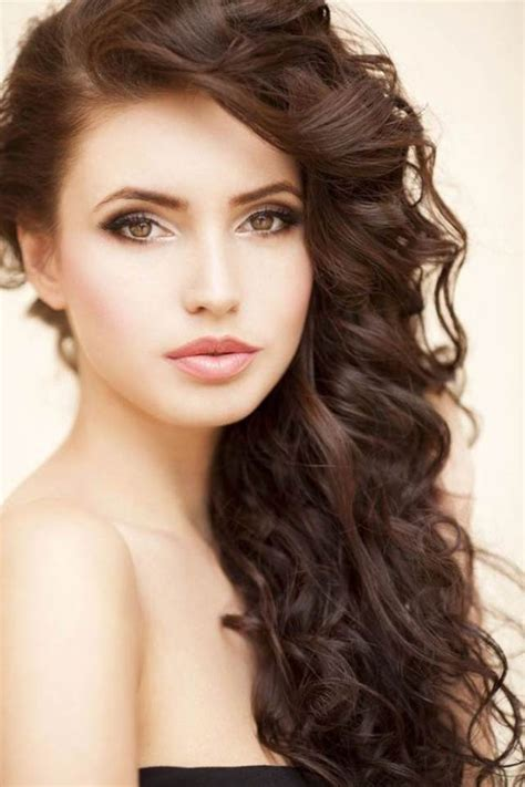 wedding hairstyles curls to the side curls to one side wedding hairstyles hairstyle for