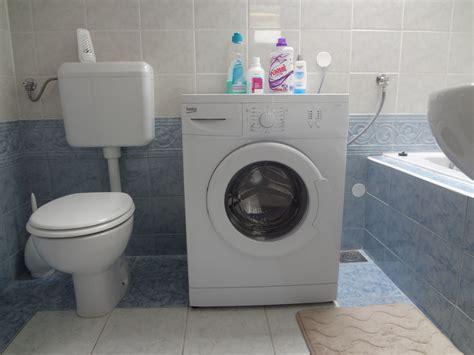 washing machine   bathroom   guests