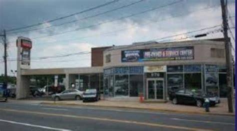 Mazda Valley Stream car dealership in Valley Stream, NY