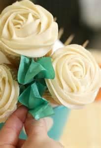 wonderful diy pretty cupcake bouquet