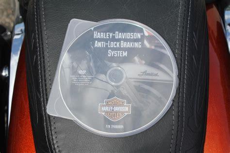 2014 Harley Davidson® FXSBSE CVO? Breakout (Hard Candy Sedona Sand and Blaze Orange with Black