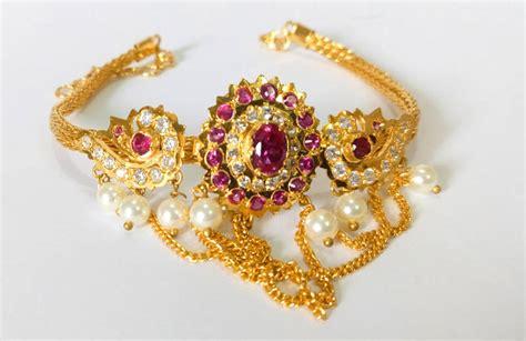 Picture Of Bajuband buy golden maharashtrian bajuband