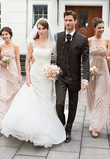braut und bräutigam figuren hochzeitsanzug von wilvorst in der herrenmode galerie von