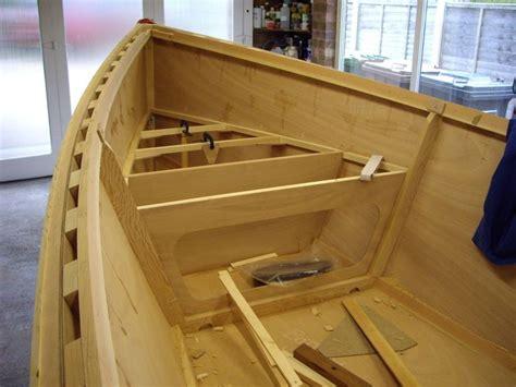 yacht opblaasboot die besten 25 schlauchboot mit motor ideen auf pinterest