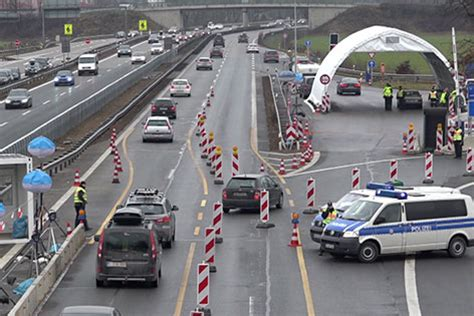 Offizieller Brief An Botschafter Offizieller Protest Gegen Strengere Grenzkontrolle Salzburg Orf At