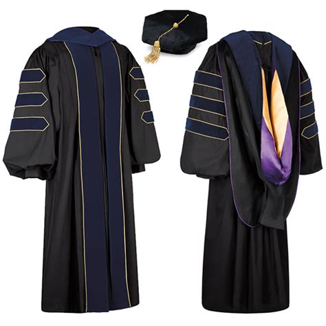 Of Washington Mba Regalia by In My Country Graduating Students Wear A Square Motorboard