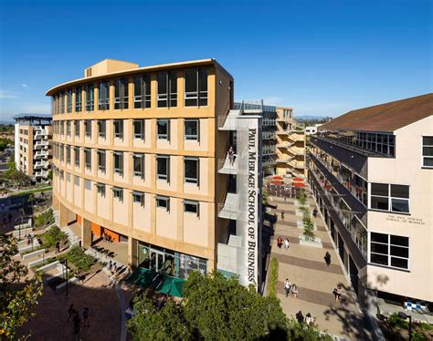 Uc Irvine Mba Academic Calendar by Uc Irvine Merage School Of Business Metromba