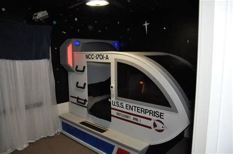 star trek bedroom 1000 images about for the home on pinterest star trek