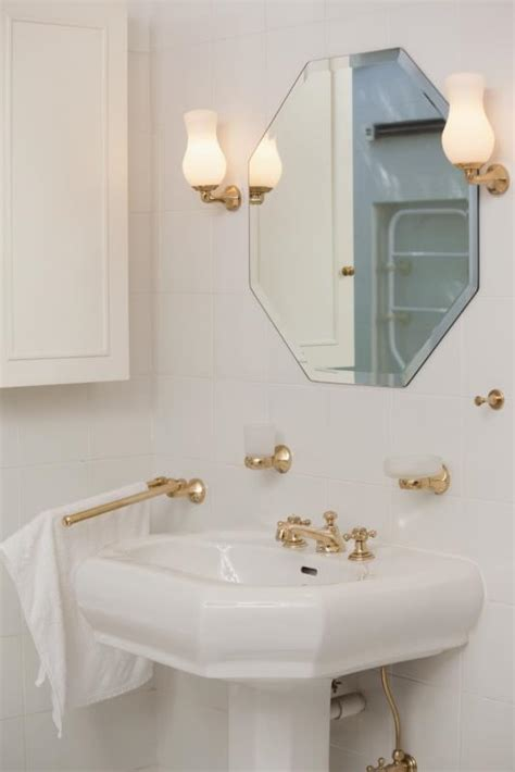 Remove Bathroom Light Fixture What Can I Use To Remove The Rust From My Brass Plated Bathroom Light Fixtures Home Guides