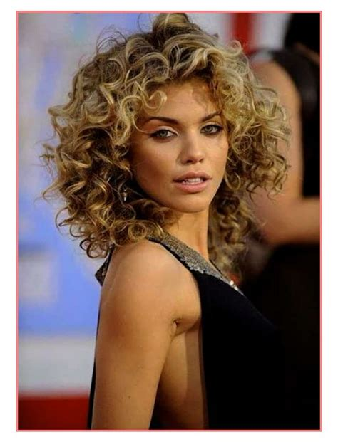 New Hairstyle For Curly Hair by 2018 Curly Haircuts And Cuts Hairstyles