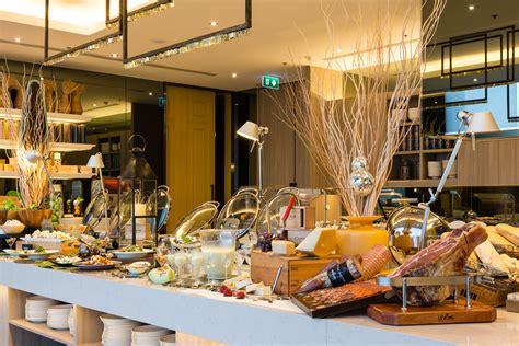 atrium new year menu bangkok s best buffets at sathon chatrium travel