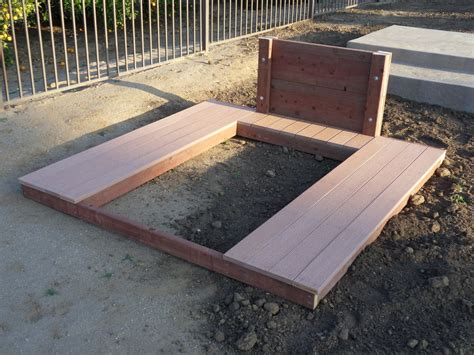 horseshoe pit with composite deck by mrtmcflyy