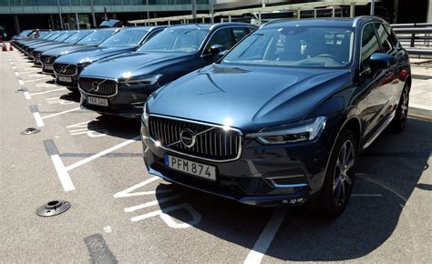 xc60 2018 review 2018 volvo xc60 review autoguide news