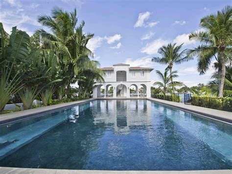 home design expo miami beach al capone s miami beach mansion is back on the market for