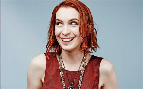 celebrities pictures felicia day redhead celebrity most relatable celebrity