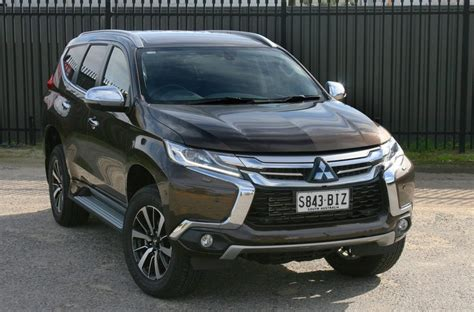 All New Pajero Sport Grill Depan Jsl Front Grille Trim Blacktivo 2016 mitsubishi pajero sport review loaded 4x4