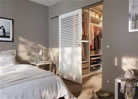 dressing dans la chambre d 233 co chambre 10 dressing fut 233 s dans la chambre parentale