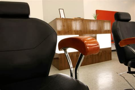 Eyebrow Threading Chair by Pin Eyebrow Threading Chairs Submited Images Pic 2 Fly On