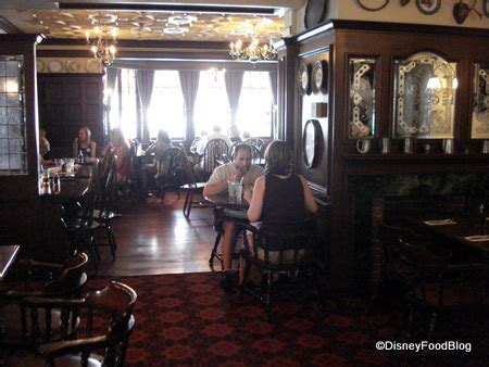 Crown Pub Dining Room by And Crown Review The Disney Food