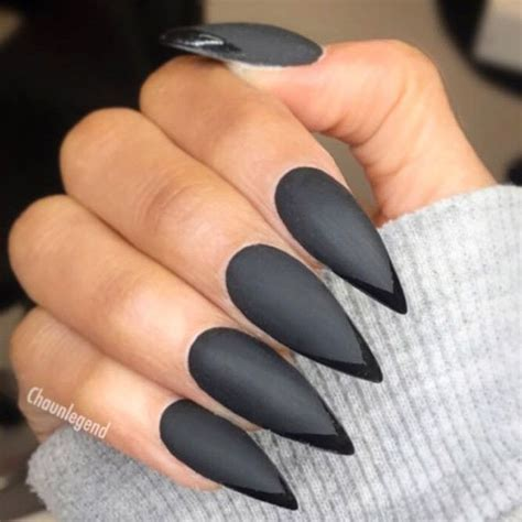 stunning designs  stiletto nails   daring
