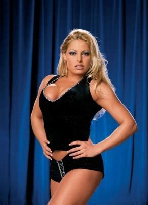 trish stratus best moves wwe trish stratus quotes quotesgram