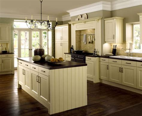 what color kitchen cabinets with dark wood floors dark wood floors in kitchen white cabinets amazing tile