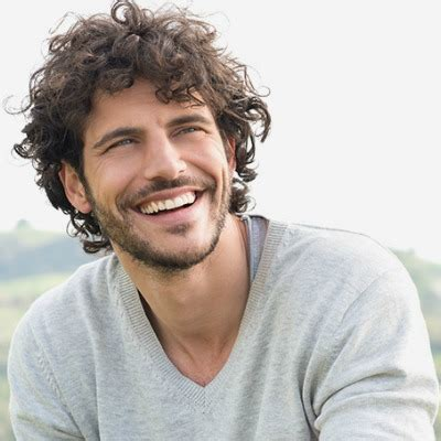 mens cuts wavy hair make face look thinner the best curly wavy hair styles and cuts for men the