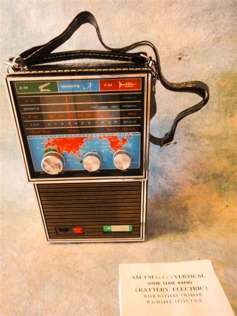 li transistor vintage 17 best images about transistor radios on sound waves usa today and 1960s