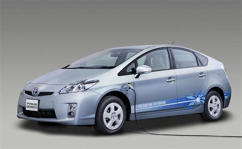 toyota in toyota introduces prius plug in hybrid