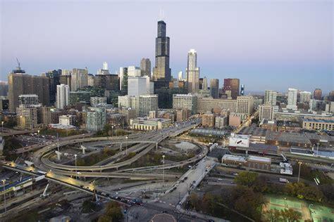Uic Search Stock Chicago Skyline Uic News Center