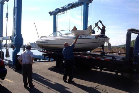 speed boat on hudson river bride to be best man missing after speedboat crash on
