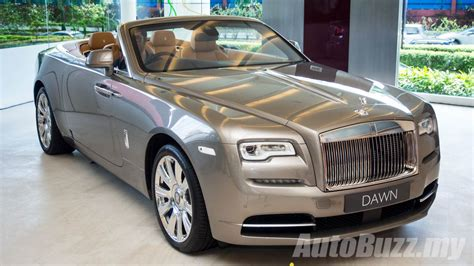 roll royce malaysia 2016 rolls royce dawn arrives in malaysia priced from rm4