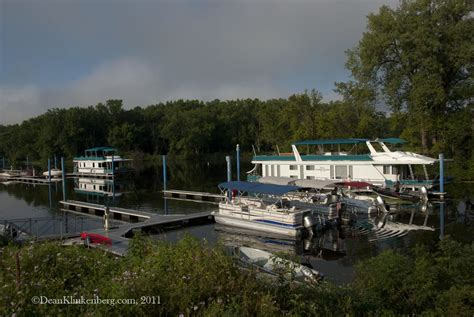 houseboats wisconsin wisconsin river towns mississippi valley traveler