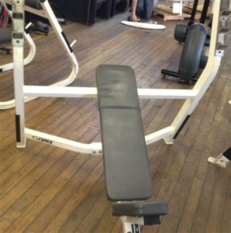 cybex incline bench refurbished cybex olympic incline bench