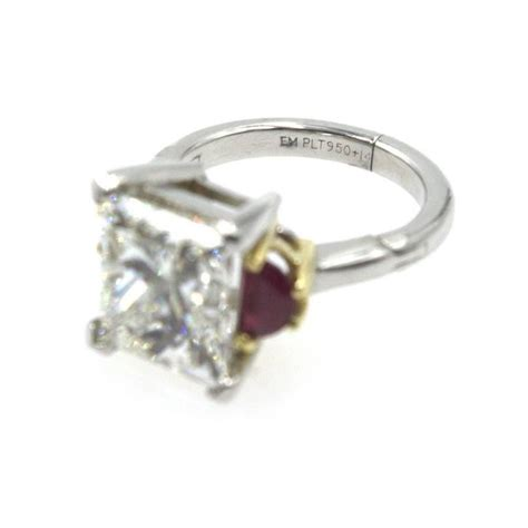 6 22 carat princess cut ruby engagement ring for