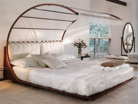 unique canopy beds unique beds get in my house pinterest bedrooms