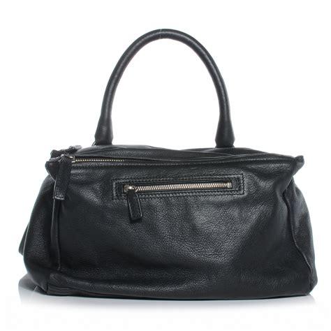 Givenchy Pandora Messenger givenchy goatskin medium pandora messenger bag black 43367