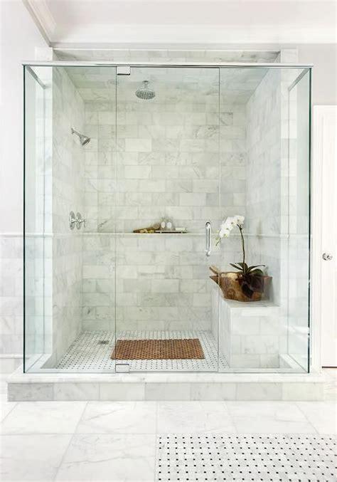 bathroom shower decor best 25 tiled bathrooms ideas on pinterest bathrooms