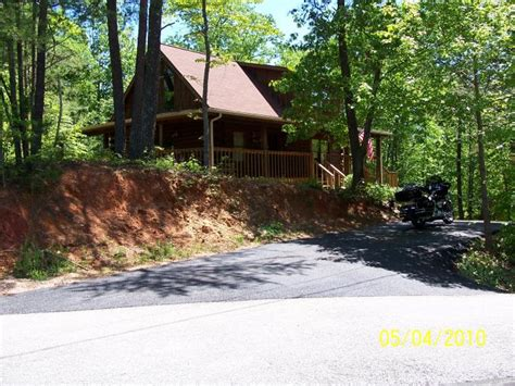 Cabins Between Gatlinburg And Pigeon Forge by Cabin For Rent Between Gatlinburg Pigeon Forge Harley