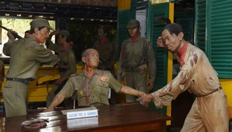 Soeharto Bukan Pahlawan Eksklusif G30s Kisah Seram   soeharto bukan pahlawan eksklusif g30s kisah seram
