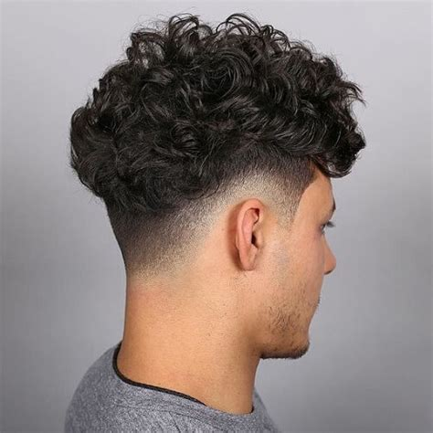 taper fade curly hair 53 slick taper fade haircuts for men men hairstyles world