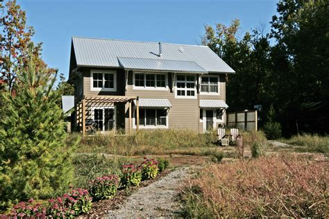 glenn retreat leed home has innovative blackwater design