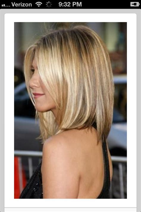 the base color of jennifer anistons hair color blonde ombre highlights love jennifer aniston s hair