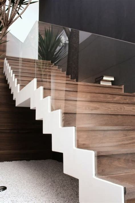 wand kerzenständer treppe mit glasgel 228 nder f 252 r schickes interieur archzine net