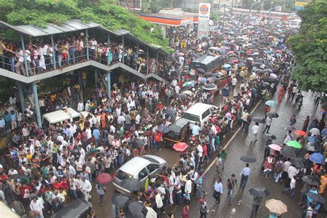 The Issue Of 'Walkability' in Mumbai | Kapadia Associates Blog