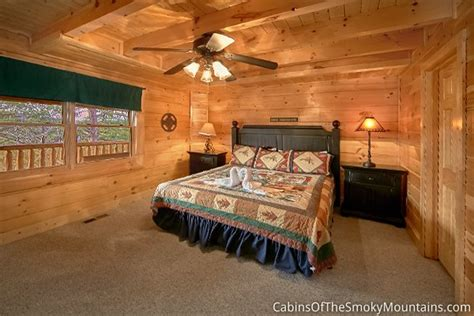 8 bedroom cabins in pigeon forge pigeon forge cabin view master lodge 8 bedroom