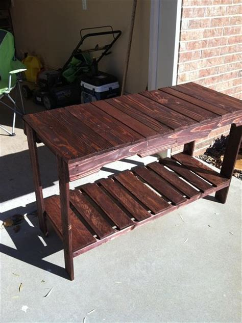 Sofa Table Made From Pallets Cheap And Easy To Make Pallet Sofa Table Pallets Designs
