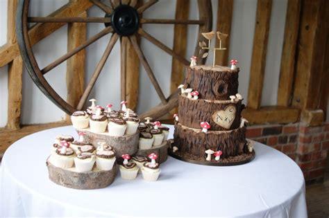 woodland wedding cake bakealous