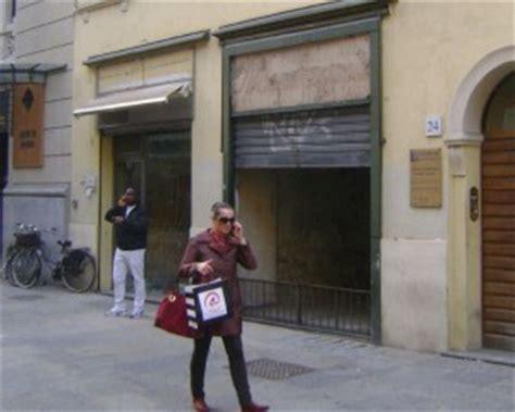 libreria via cavour roma via cavour chiude l ortofrutta montagna parma centro