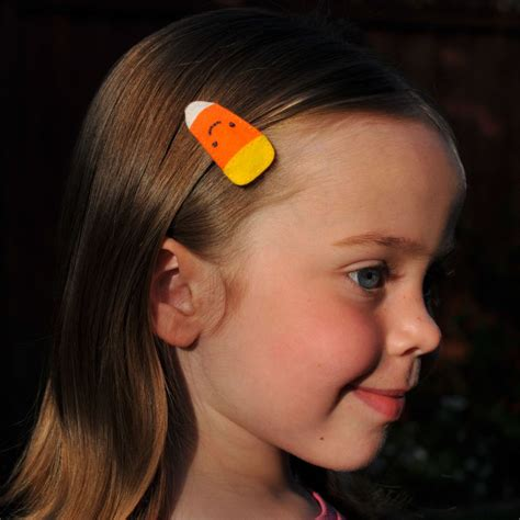 cbndydolls art model candy corn barrette tutorial giveaway